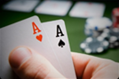 When to bluff in Poker